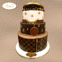 Louis-Vuitton-cake